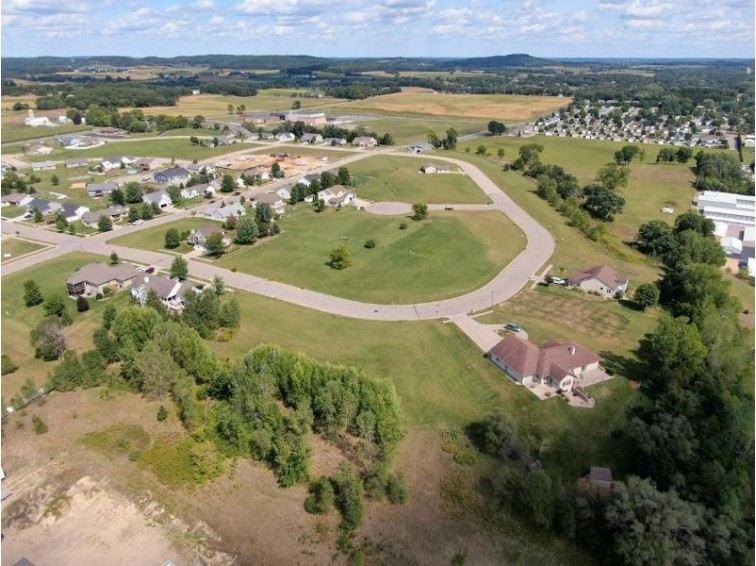 L41 Sienna Ct, Reedsburg, WI by Re/Max Preferred $26,200