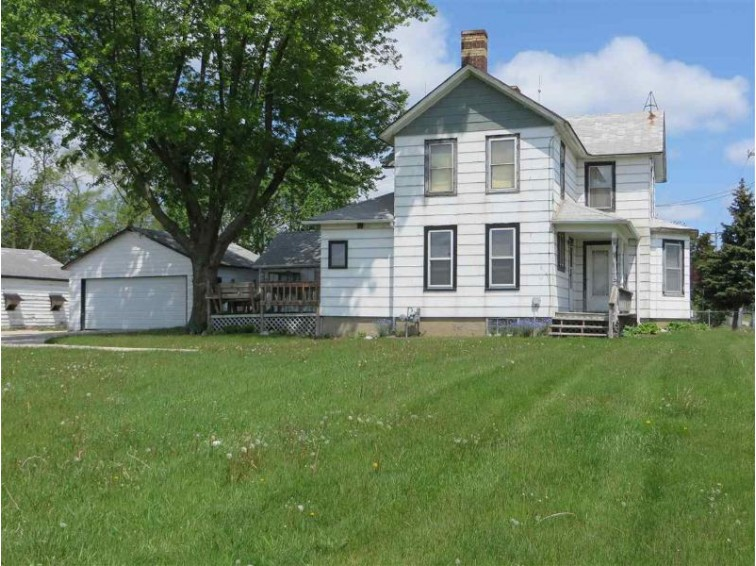 3016 S Hwy 51, Janesville, WI by Century 21 Affiliated $120,000