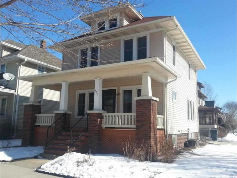 449 Ellis St, Fond Du Lac, WI by Adashun Jones Real Estate $72,900