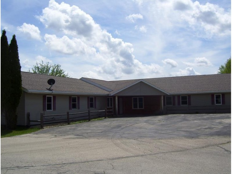 107 Gillette St, Pardeeville, WI by United Country Hamele Auction & Realty $219,900