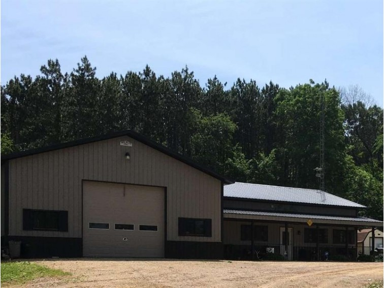 E12965 Shady Lane Rd, Baraboo, WI by Century 21 Affiliated $289,000