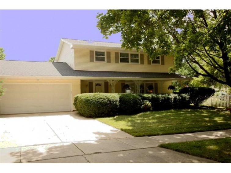 5305 Arapahoe Ln, Madison, WI by First Weber Real Estate $275,000