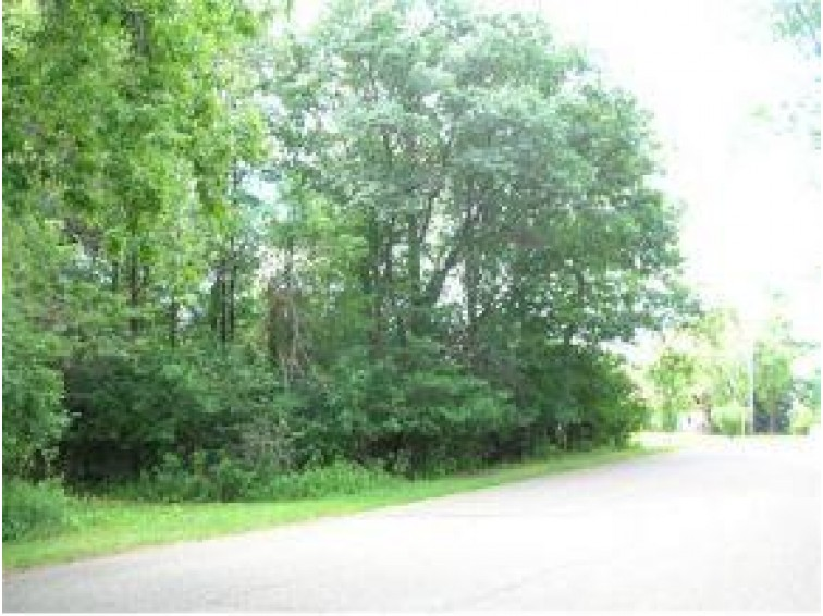 On Evergreen Ct, Rhinelander, WI by Coldwell Banker Mulleady-Rhldr $9,900