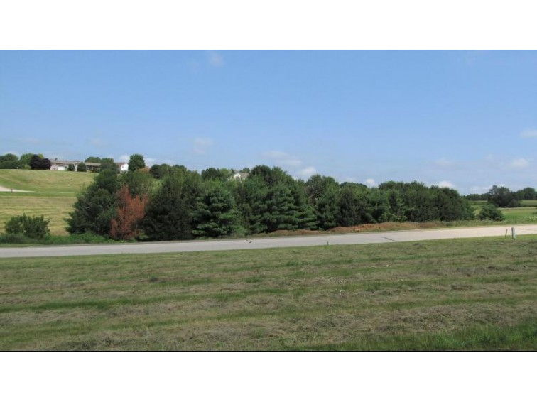LOT 16 16th Fairway Dr, Viroqua, WI by United Country - Oakwood Realty $32,500