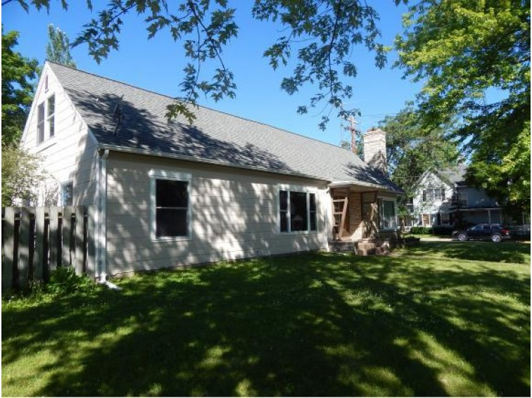 171 N FRANKLIN ST, Oconto Falls, WI by Metzler-Hanson Realty, Inc. $93,000
