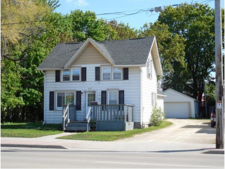 421 3RD ST, Menasha, WI by Century 21 Affiliated First Realty $199,000