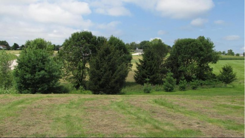 LOT 32 16TH FAIRWAY DR Viroqua, WI 54665-0000 by United Country - Oakwood Realty $36,000