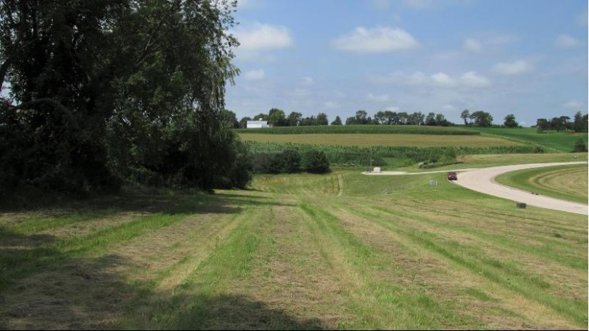 LOT 17 16TH FAIRWAY DR Viroqua, WI 54665-0000 by United Country - Oakwood Realty $36,000