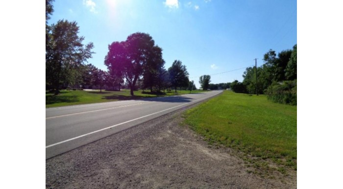 6442 Old 29 Dr Pittsfield, WI 54162 by Boss Realty, Llc $582,000