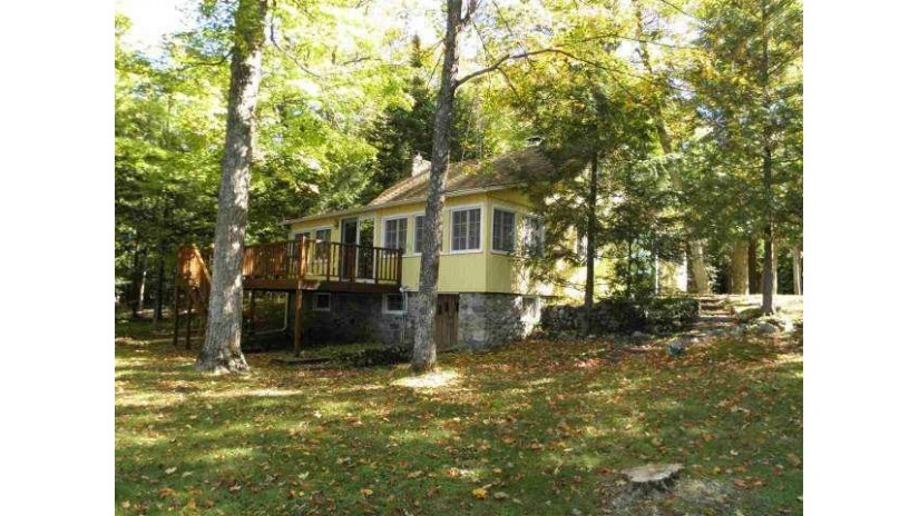W8870 Schnur Lane Park Falls, WI 54552 by Re/Max New Horizons Realty $259,900