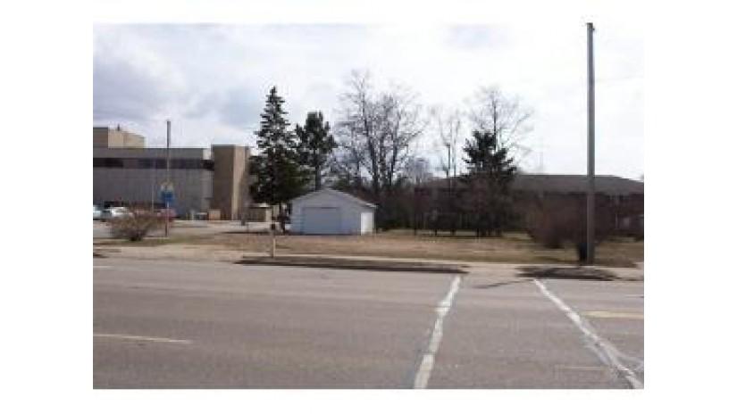 1328 ROYALTON ST Waupaca, WI 54981 by RE/MAX Lyons Real Estate $199,900