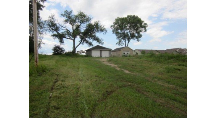 153 MCKITTRICK ST Berlin, WI 54923 by First Weber, Inc. $39,980