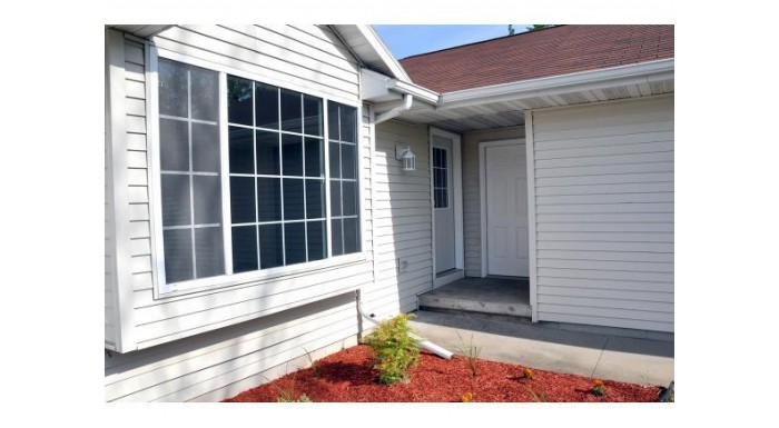 1224 CARPENTER ST Menasha, WI 54952-9446 by Coldwell Banker The Real Estate Group $114,900