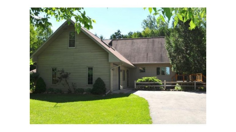 4832 THOME RD Pensaukee, WI 54153 by Kitslaar Real Estate $259,900