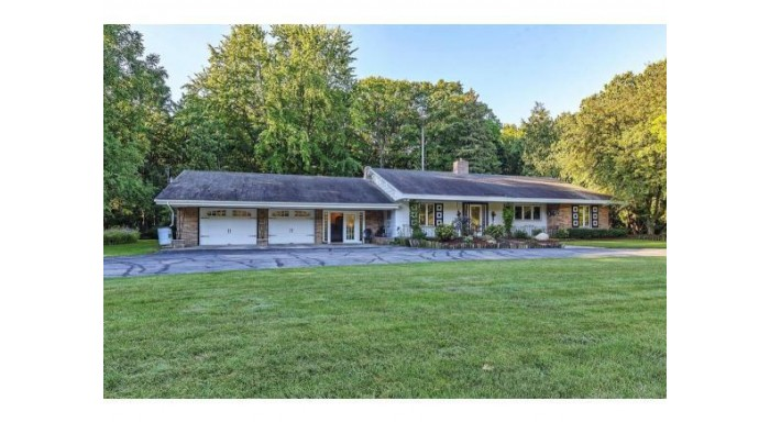 E3253 HWY 54 Casco, WI 54205 by Todd Wiese Homeselling System, Inc. $242,900