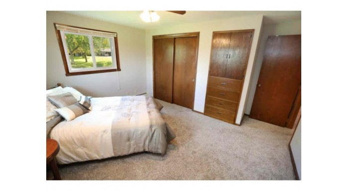600 HARVARD DR Neenah, WI 54956-3512 by Coldwell Banker The Real Estate Group $249,900