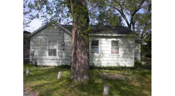 714 State St New Lisbon, WI 53950 by Century 21 Affiliated $56,500