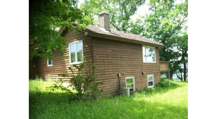 9655 Mississippi Ln Bloomington, WI 53801 by Century 21 Affiliated $140,000