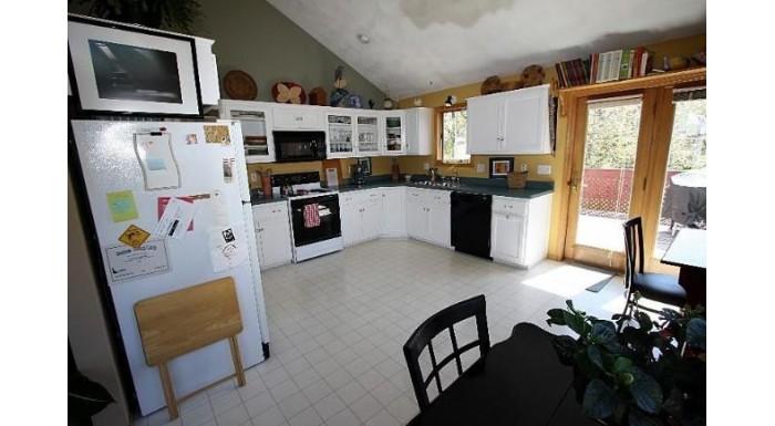 507 2nd St New Glarus, WI 53574 by Restaino & Associates $285,000