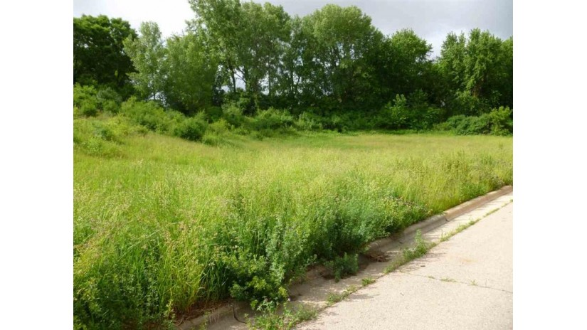 1904 Eastwood Way Mount Horeb, WI 53572 by First Weber Inc $89,900