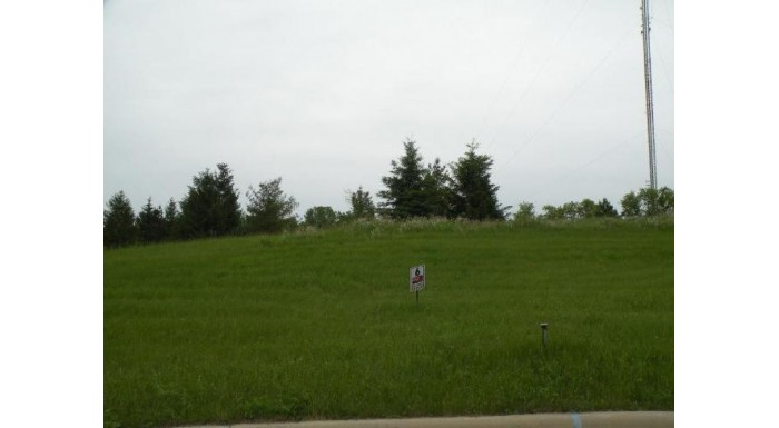 L6 Glacial Terr Ripon, WI 54971 by Century 21 Properties Unlimited $39,900