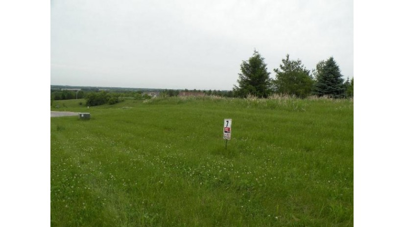 L8 Glacial Terr Ripon, WI 54971 by Century 21 Properties Unlimited $39,900
