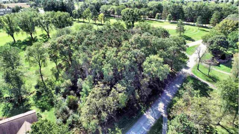 L130 Eagle Ridge Ct Reedsburg, WI 53959 by First Weber Inc $48,000