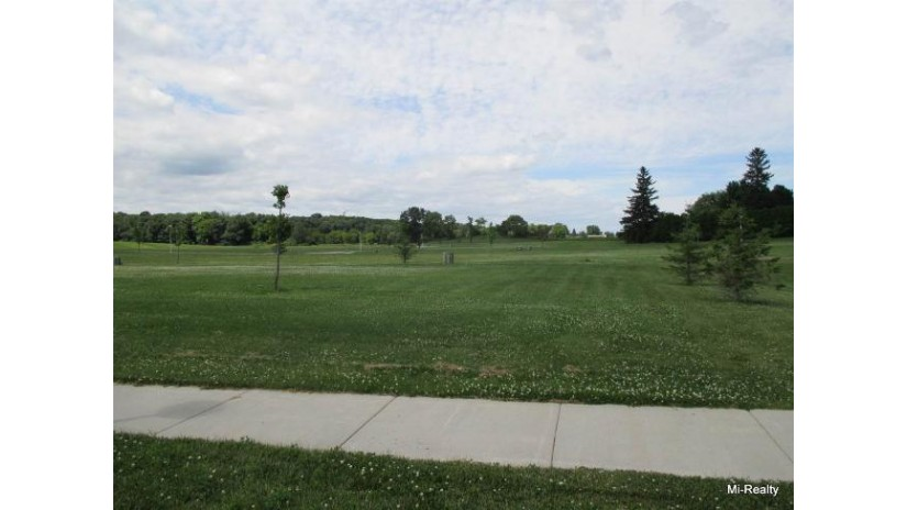 822 Pine Ridge St Brownsville, WI 53006-0000 by Mi-Realty, Inc. $50,000