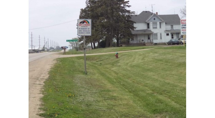 15878 Hwy 81 Darlington, WI 53530 by Southwest Wisconsin Real Estate Llc $390,000