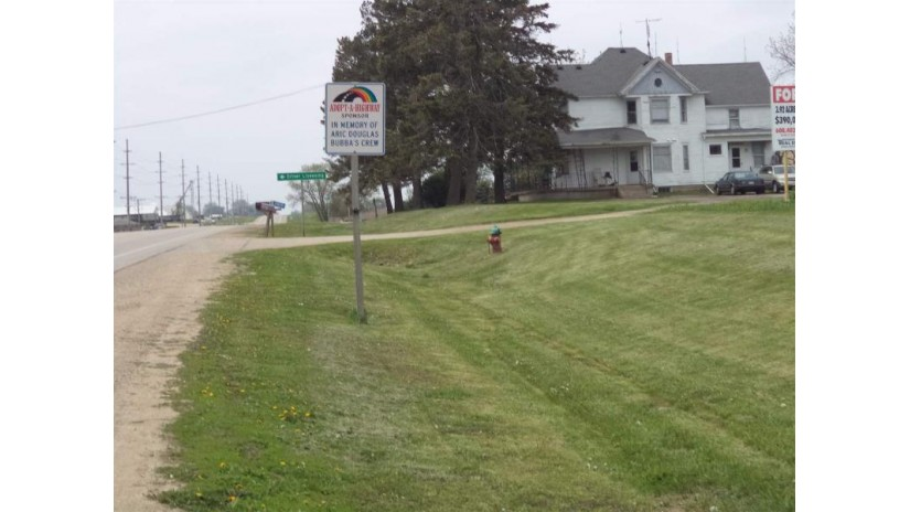 15878 Hwy 81 Darlington, WI 53530 by Southwest Wisconsin Real Estate Llc $325,000