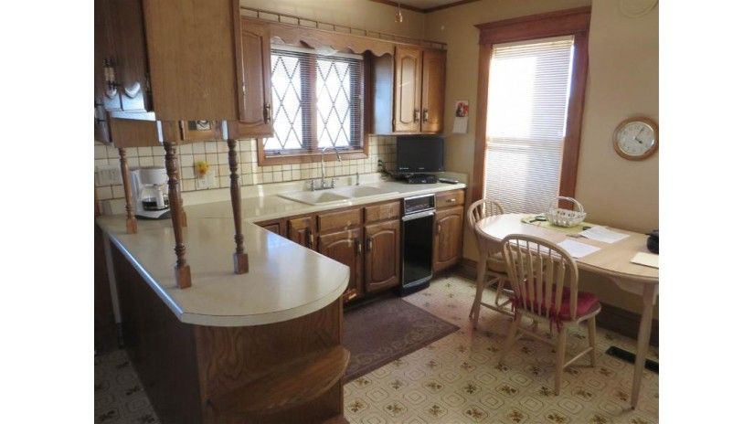 3016 S Hwy 51 Rock, WI 53546 by Century 21 Affiliated $120,000