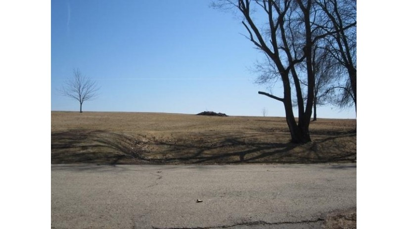 L2-L3 Glen Dr Westford, WI 53916 by Preferred Realty Group $31,000