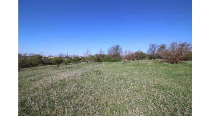L4 Hillside Rd Fulton, WI 53534-9393 by First Weber Inc $159,000