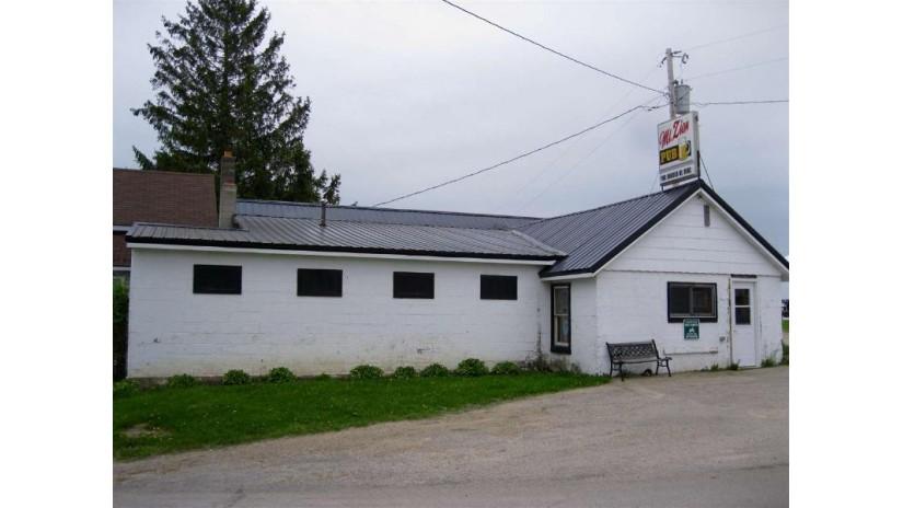 43499 County Road W Scott, WI 53805 by Re/Max Ridge-N-River $174,900