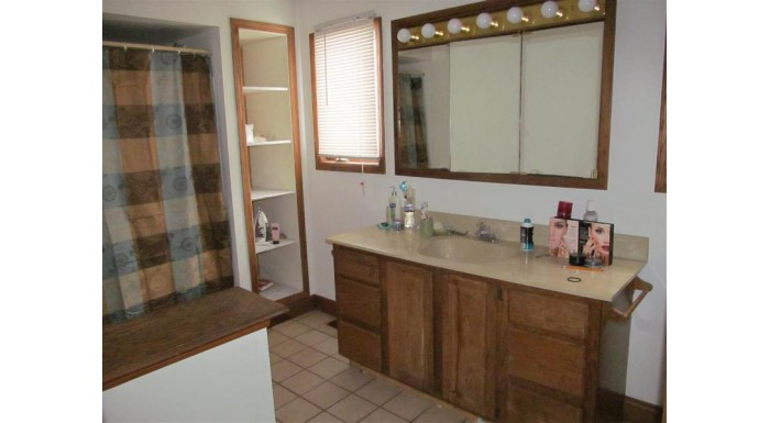 113 E Mill St Beaver Dam, WI 53916 by Mike Wissell Real Estate Llc $115,000