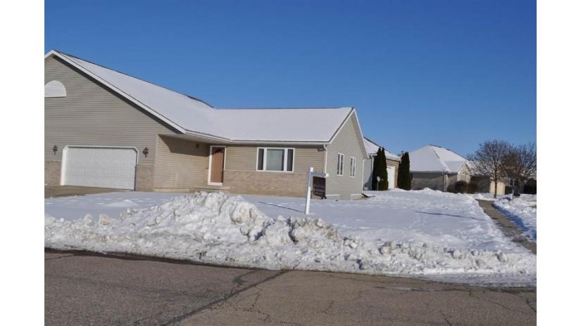 800 21st St Prairie Du Sac, WI 53578 by Restaino & Associates $184,900