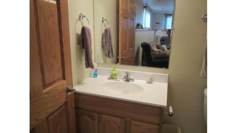 744 Wynwood Cir Reedsburg, WI 53959 by Evergreen Realty Inc $163,000