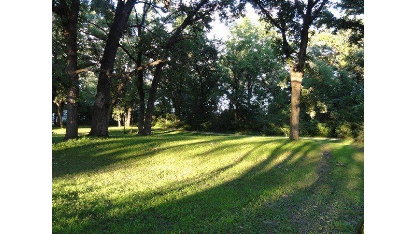 W721 Ten Eyck Rd Decatur, WI 53520 by Century 21 Affiliated $42,500