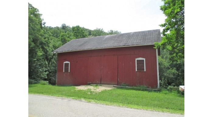 5651 County Road J Vermont, WI 53572 by Restaino & Associates $175,000