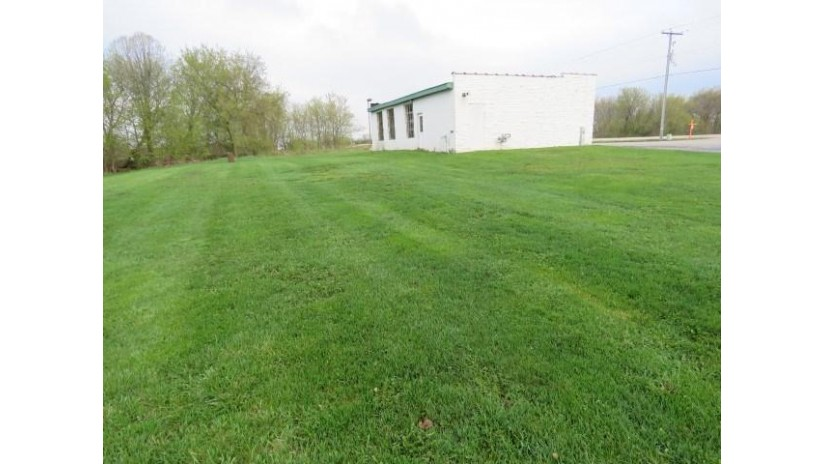 W5905 Hwy 33 Oak Grove, WI 53032 by Nehls Realty Llc $299,900