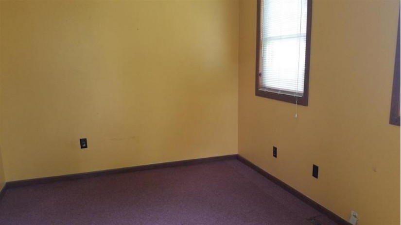 1025 2nd St Baraboo, WI 53913 by Century 21 Affiliated $119,900