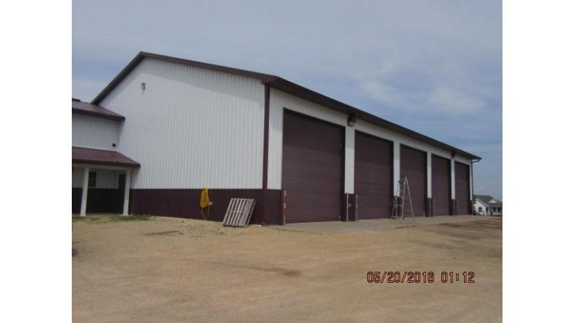 2170 Maple Ridge Rd Platteville, WI 53818 by Marshall Insurance & Realty Llc $219,000