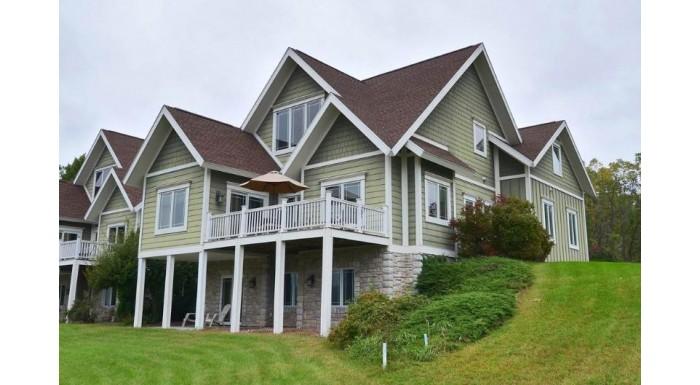 321 Inverness Terrace Ct Baraboo, WI 53913 by Bunbury & Assoc, Realtors $319,900