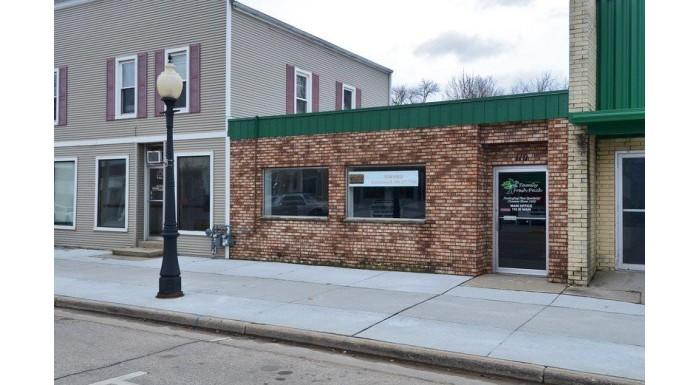 110 W Main St Belleville, WI 53508 by Bunbury & Assoc, Realtors $1,200