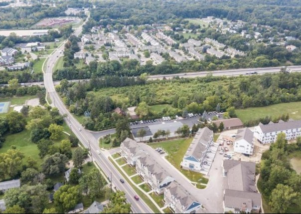 2551 West Towne, Ann Arbor, MI, 48103