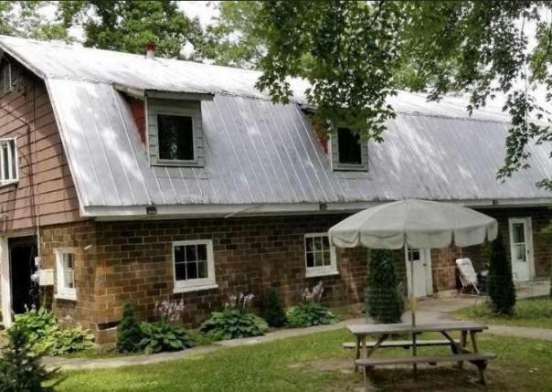 202 S Steer House, Addison, MI, 49220