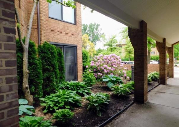 2115 Nature Cove 110, Ann Arbor, MI, 48104
