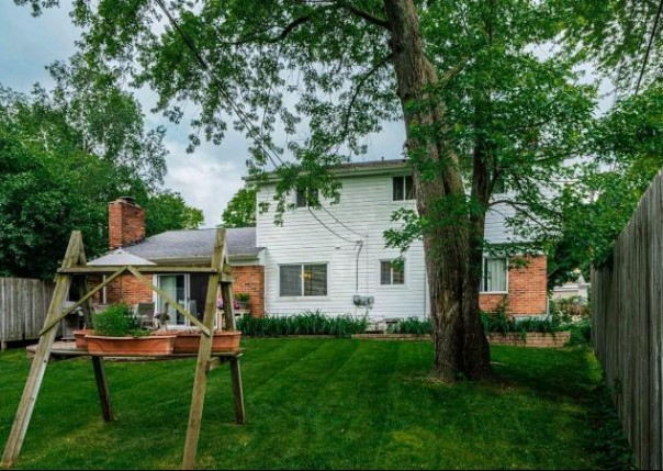 3205 Farmbrook, Ann Arbor, MI, 48108