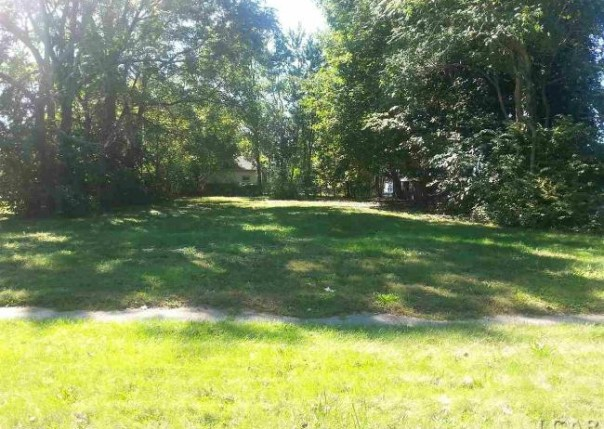 124 Seeley Adrian, MI 49221 by Xsell Realty $9,900