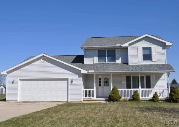2006 Friar Tuck Adrian, MI 49221 by Xsell Realty $195,000